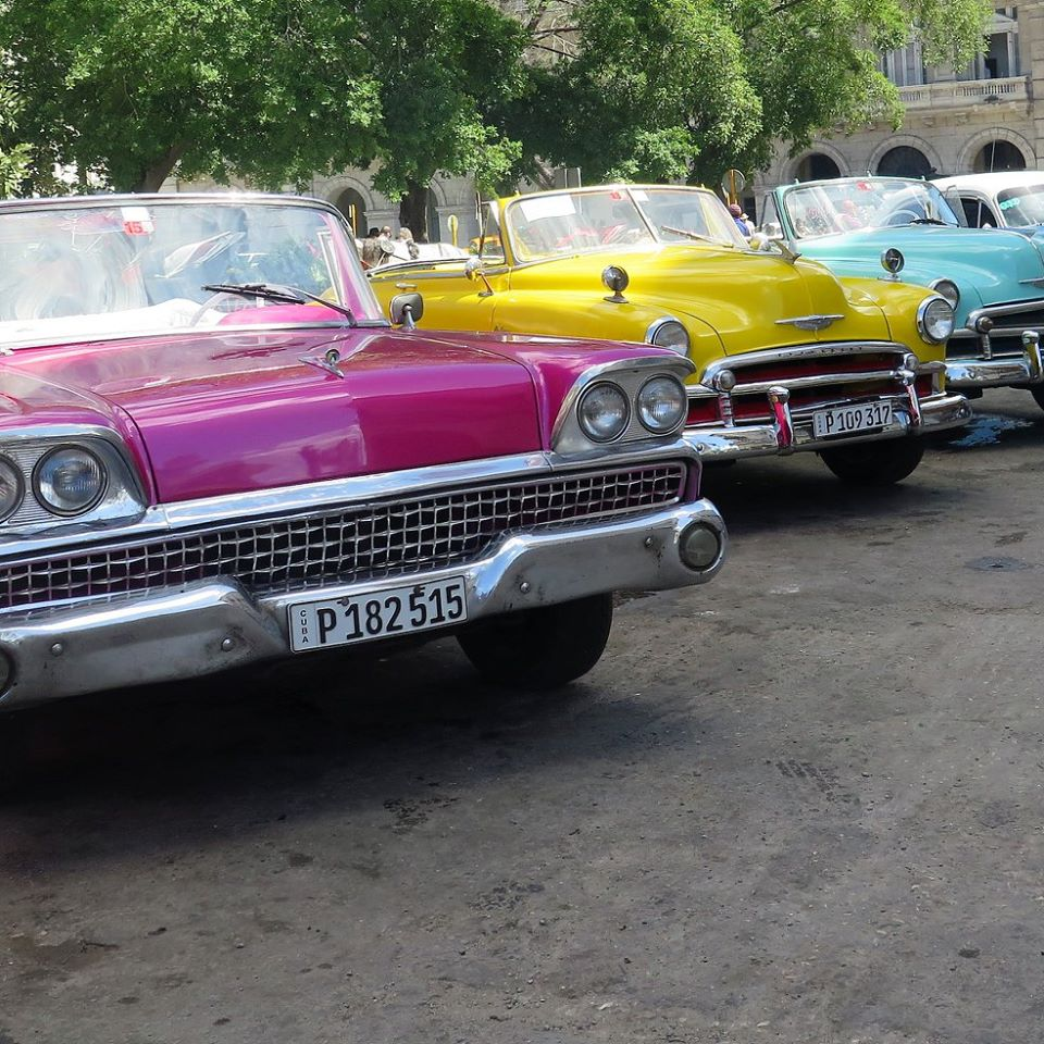 Cuban taxis, courtesy of Sarah Morgan